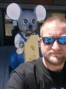 Mouse cheese curd selfie