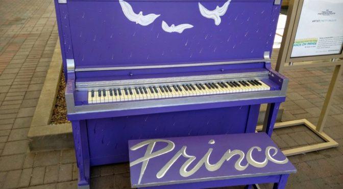 Wordless Wednesday – Prince