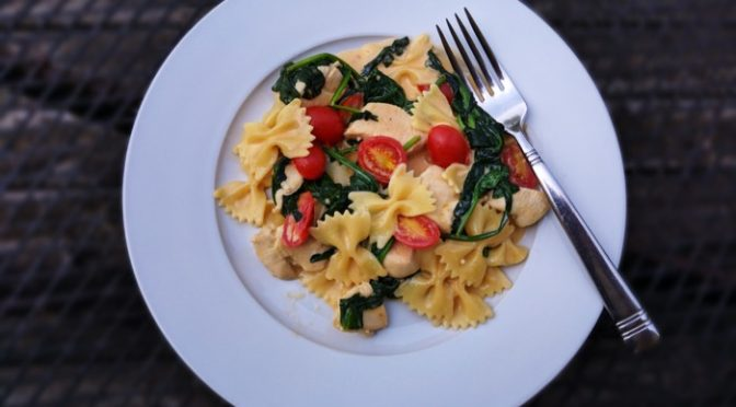 Recipe Review: VELVEETA One-Pan Chicken & Spinach Pasta