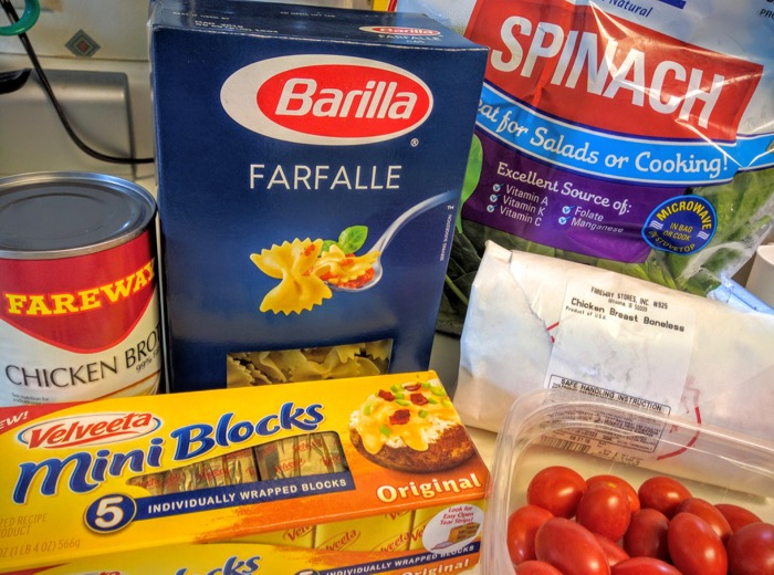 VELVEETA One-Pan Chicken & Spinach Pasta ingredients