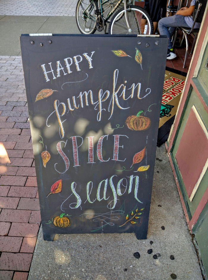 happy-pumpkin-spice-season-sign
