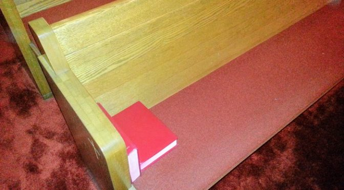 Wordless Wednesday – Church Pew